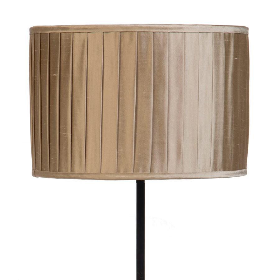 Signature Drum Knife-Pleat Lampshade in Pebble Silk